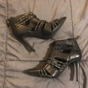 Jessica Simpson Size 9 Leather Strappy Bootie